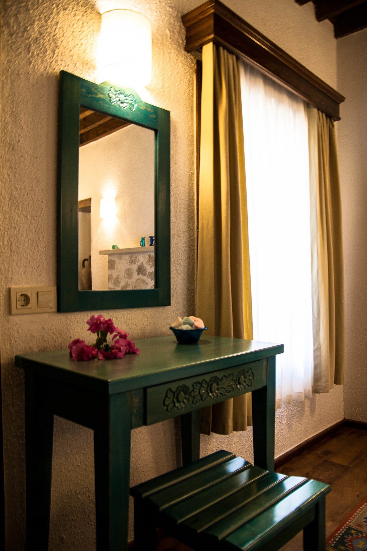 Beautifully furnished