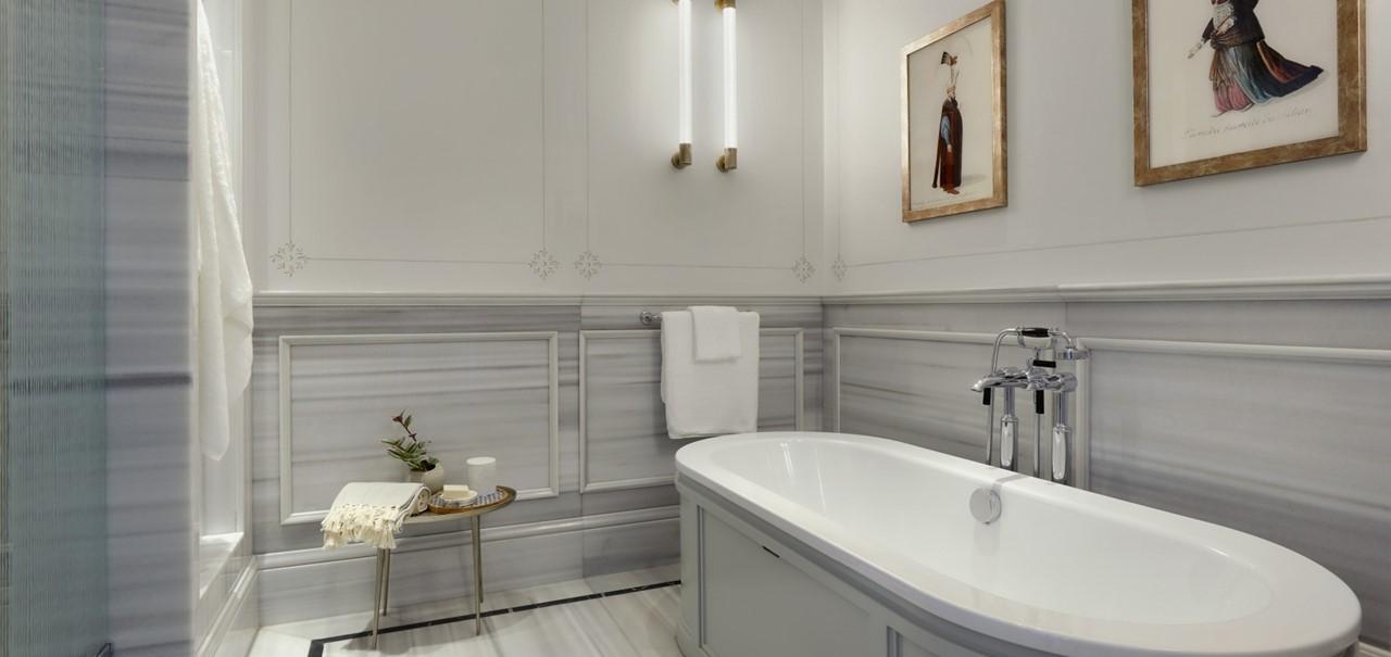 Bosphorus Junior Suite Bathroom 8696 A4