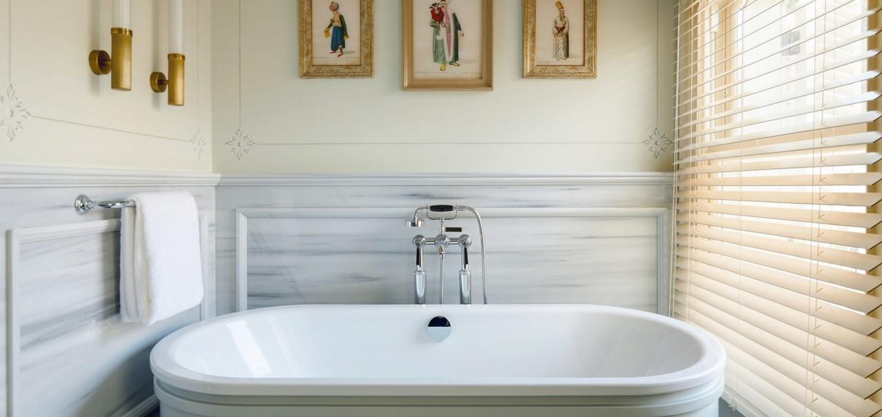 Bosphorus Suite Bathroom 8698 A4