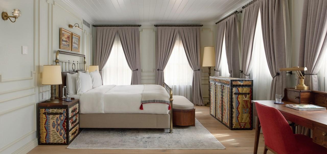 Bosphorus Suite Bedroom 8699 A4