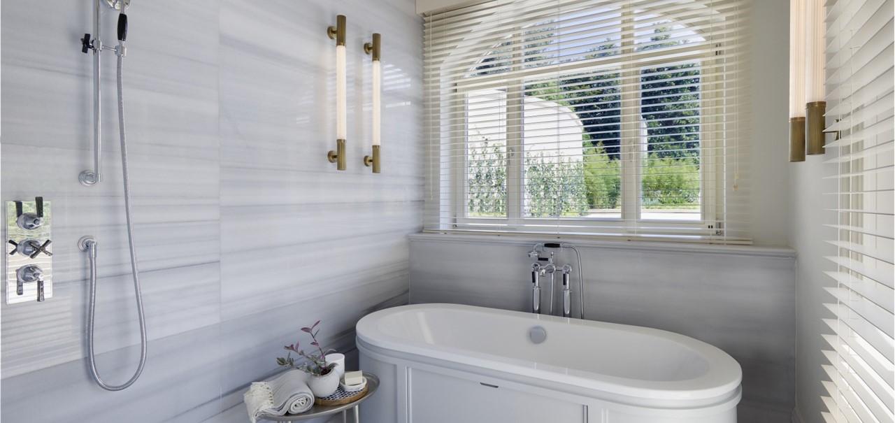 Courtyard Suite Bathroom 8702 A4