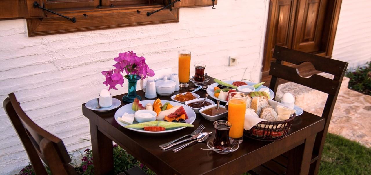 Enjoy breakfast outside your room