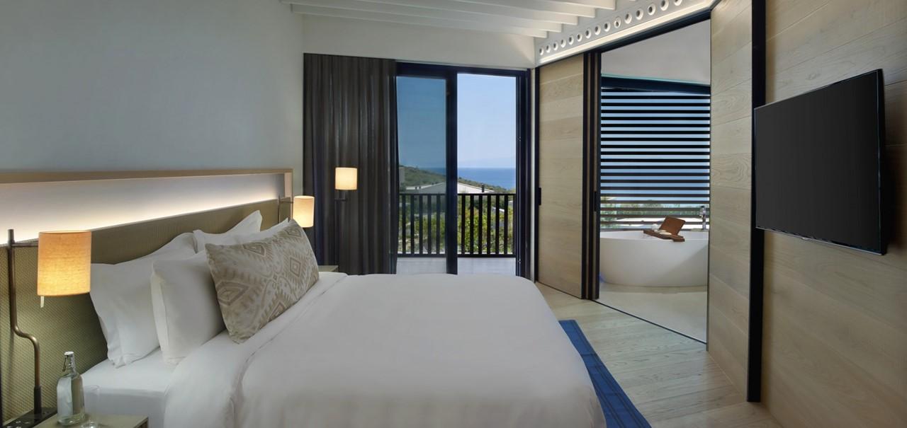 Superior Room Bedroom 7664 A4