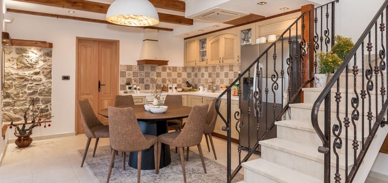 Villa In Bicine 9