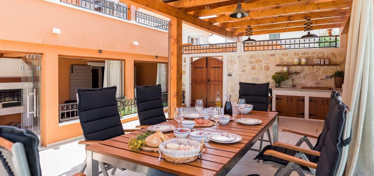 Villa In Bicine 23