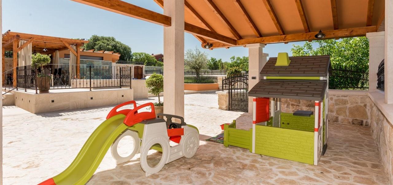 Villa In Bicine 27