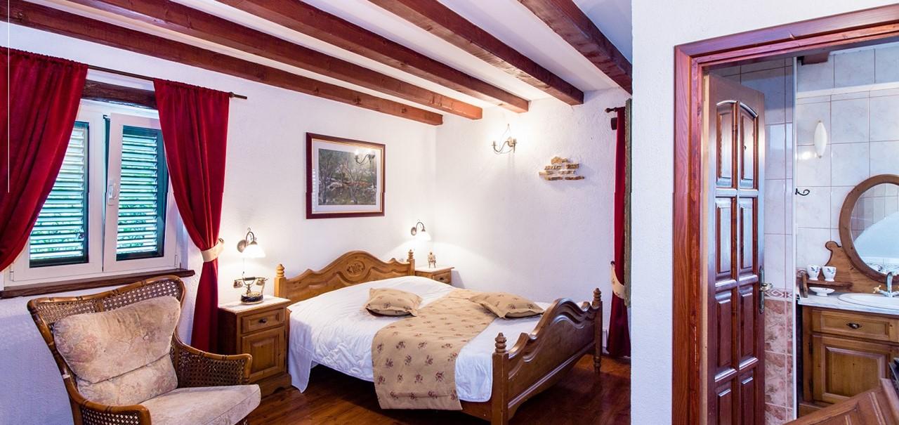 Villa In Sestanovac 11