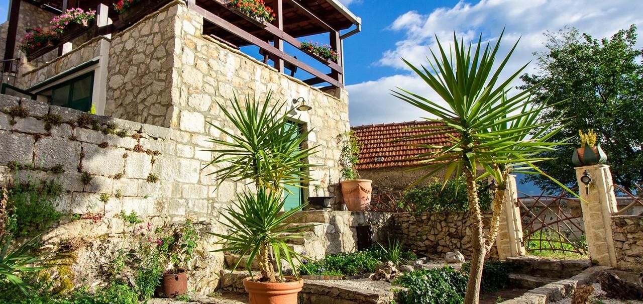 Villa In Sestanovac 34