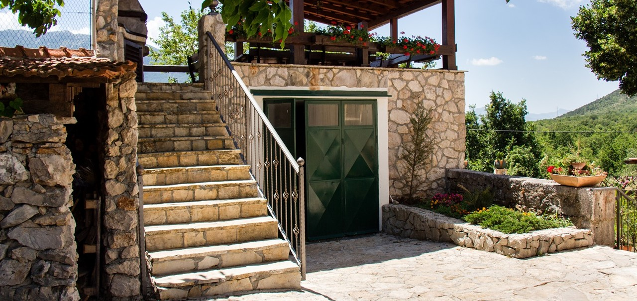 Villa In Sestanovac 35