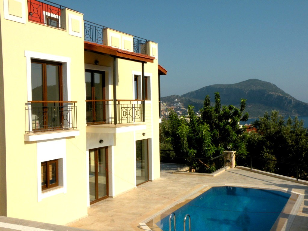 3 bedroom Kalkan villa with private pool