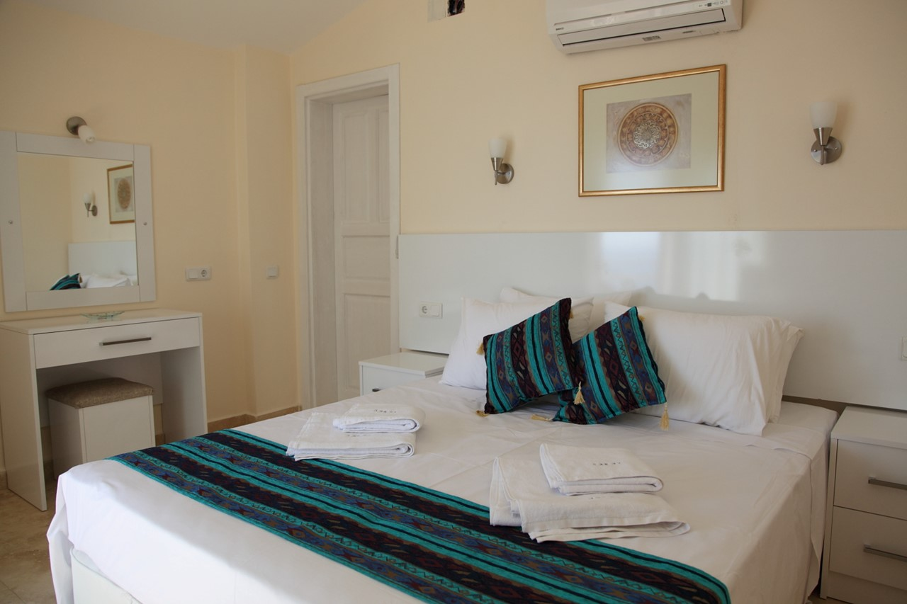 double bedroom, beautifully furnished