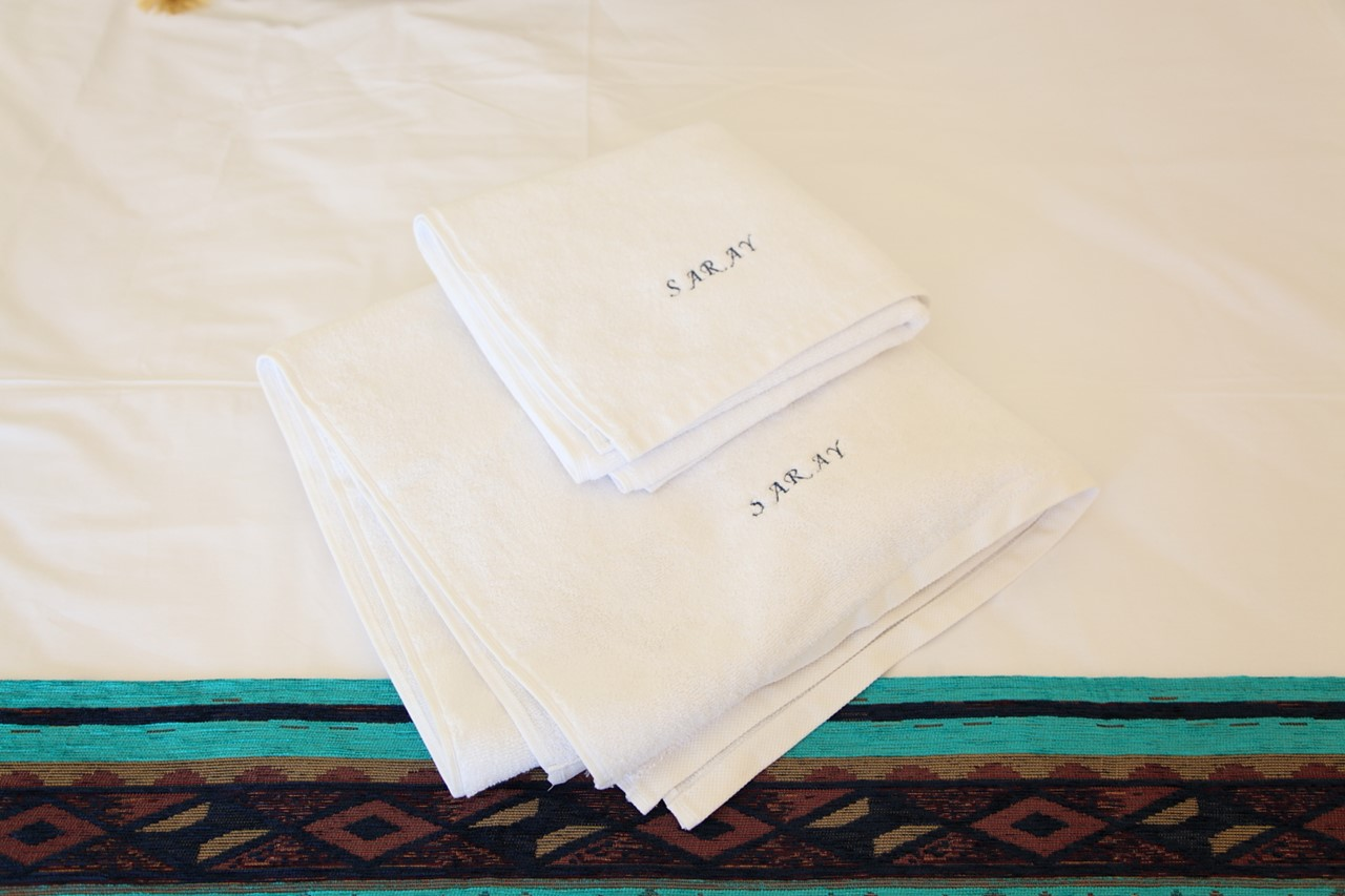 Shower towels provided for guests