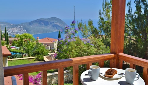 Air Canada Vacations Grenada: Contemporary 2 Bed Kalkan Apartment With Air-conditioning