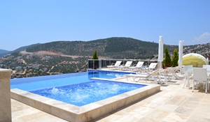 Villa Kizil with private Infinity pool & Jacuzzi