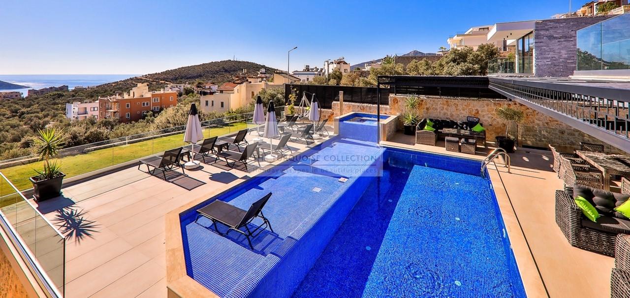 Villa Blush 37
