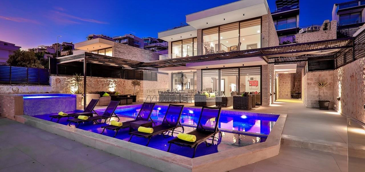 Villa Blush 47