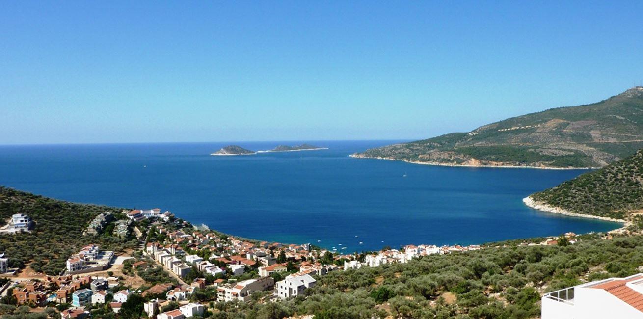 Overlooking Kalamar bay