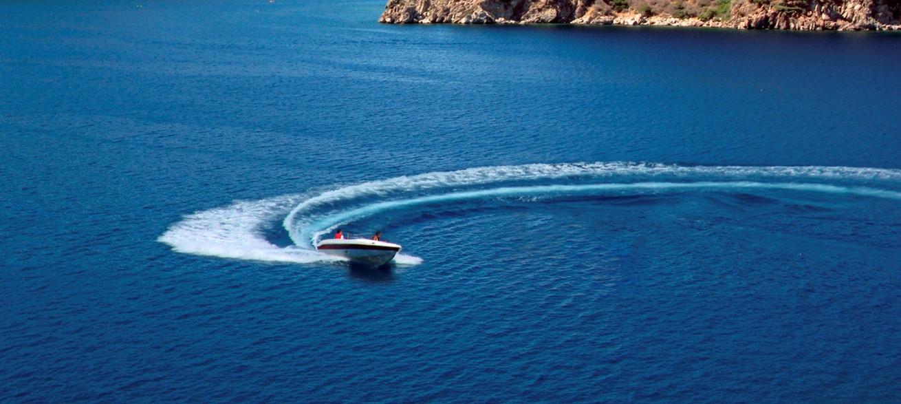 Power boat at Kalamar beach club