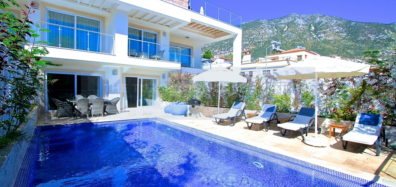 Ekin Apartment Sodor 2 Bed Apartment With Private Swimming Pool