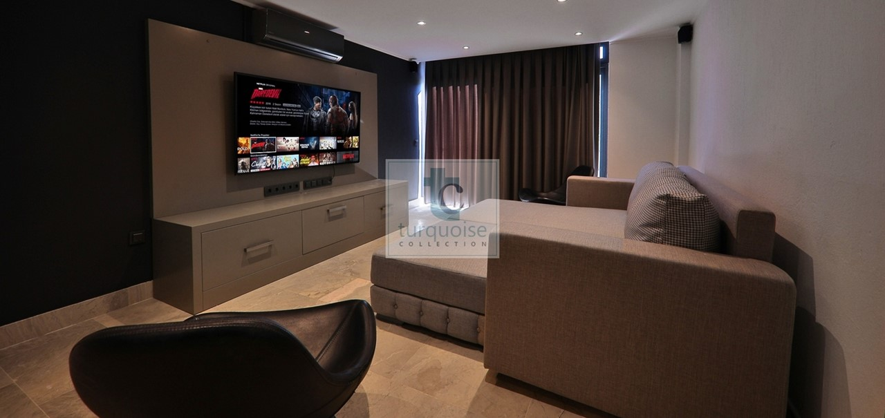 Media Room Or 7Th Bedroom 2