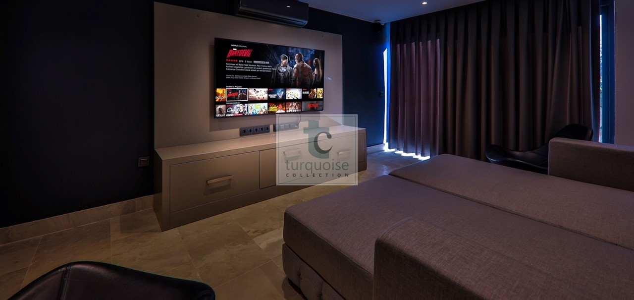 Media Room Or 7Th Bedroom 3