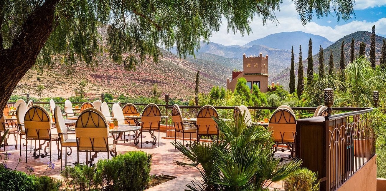 13 Kasbah Tamadot Outdoor Dining