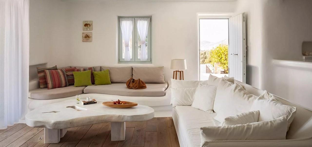 Lounge2 Pebble Villa