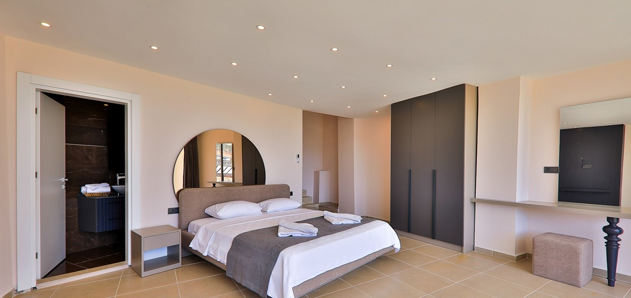 Basement Double Bedroom
