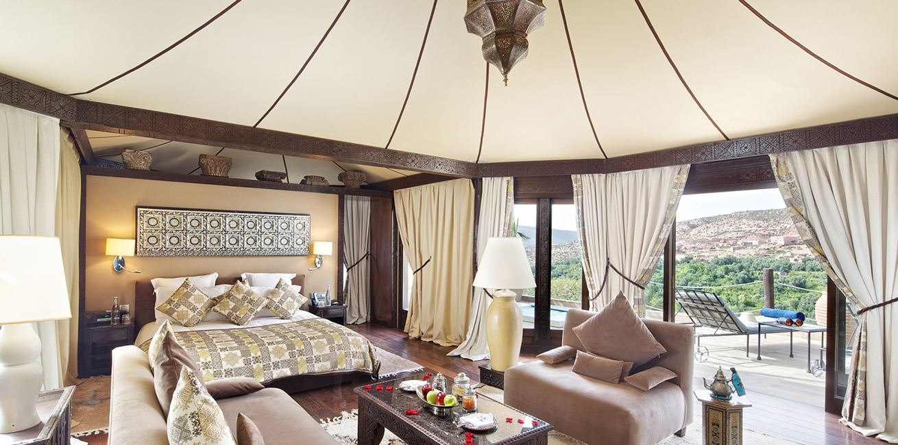55 Berber Tent With Hot Tub