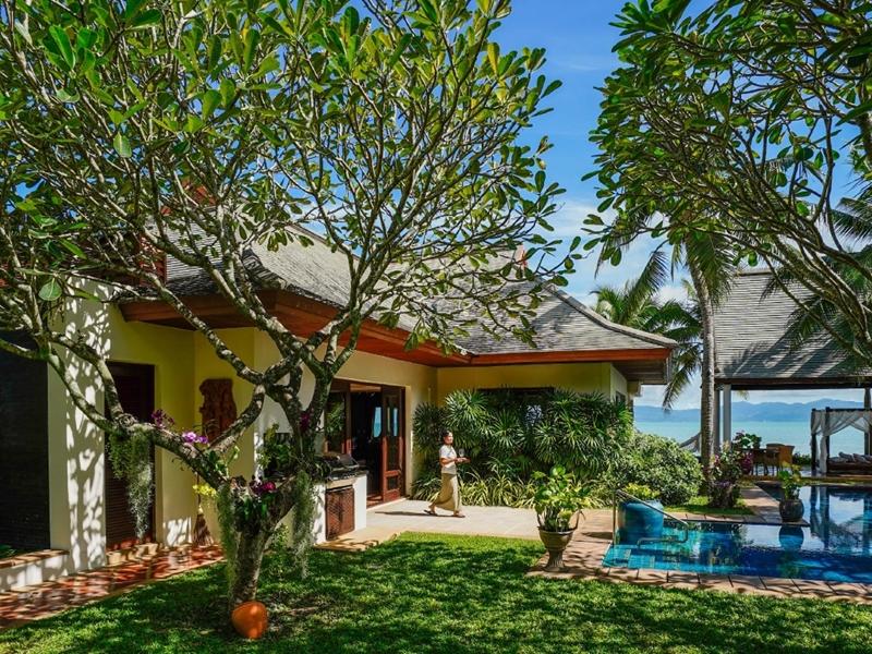 Tropical Beach Front Villas Miskawaan