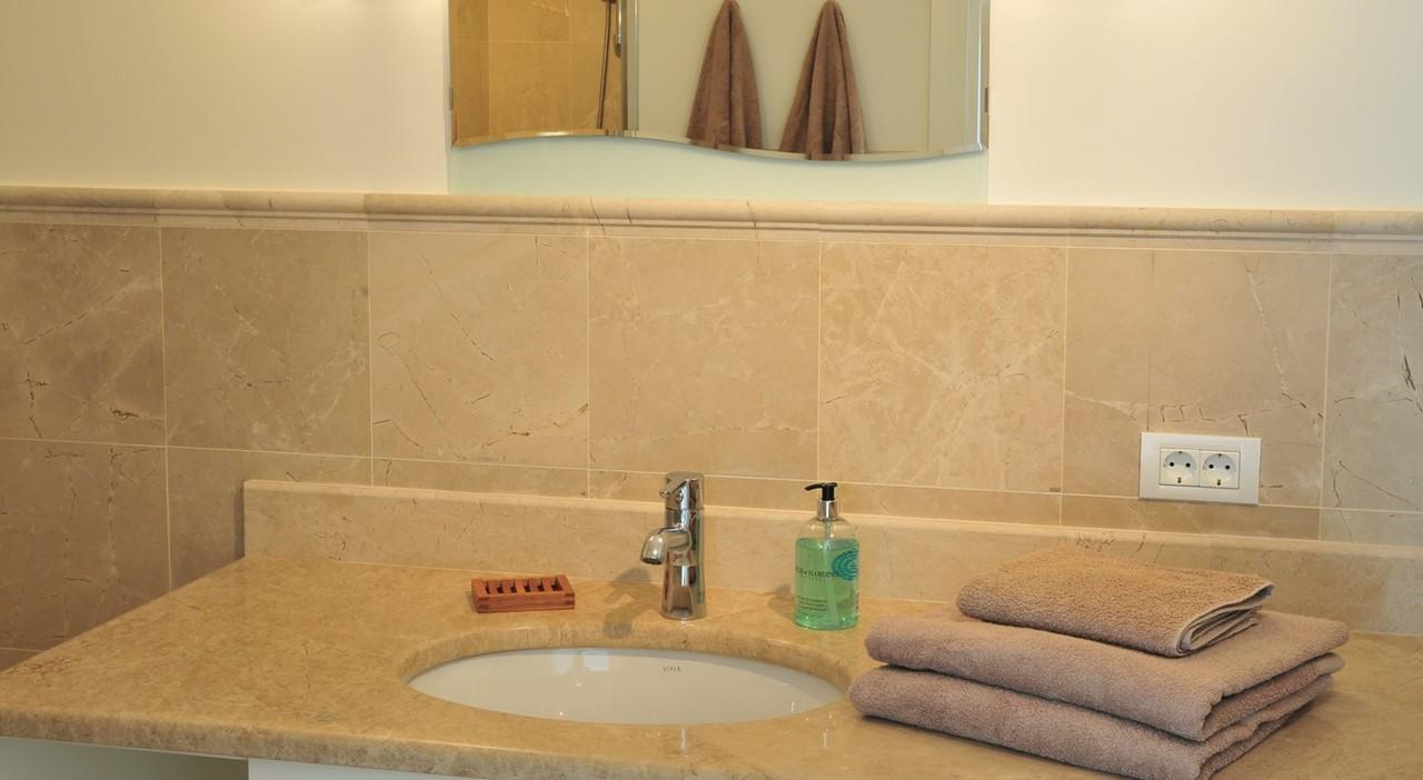 Bathroom1 Y