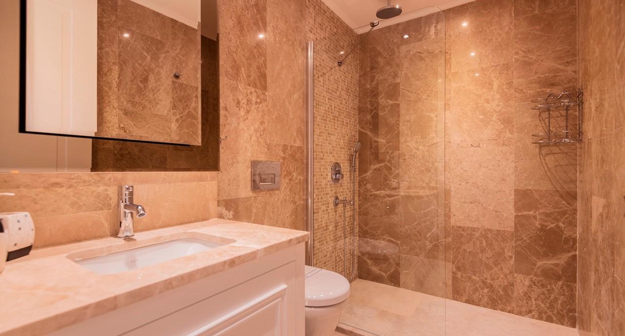 Zenato Bathroom 2016