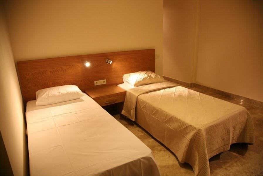 Twin Bedroom Villa Mirage