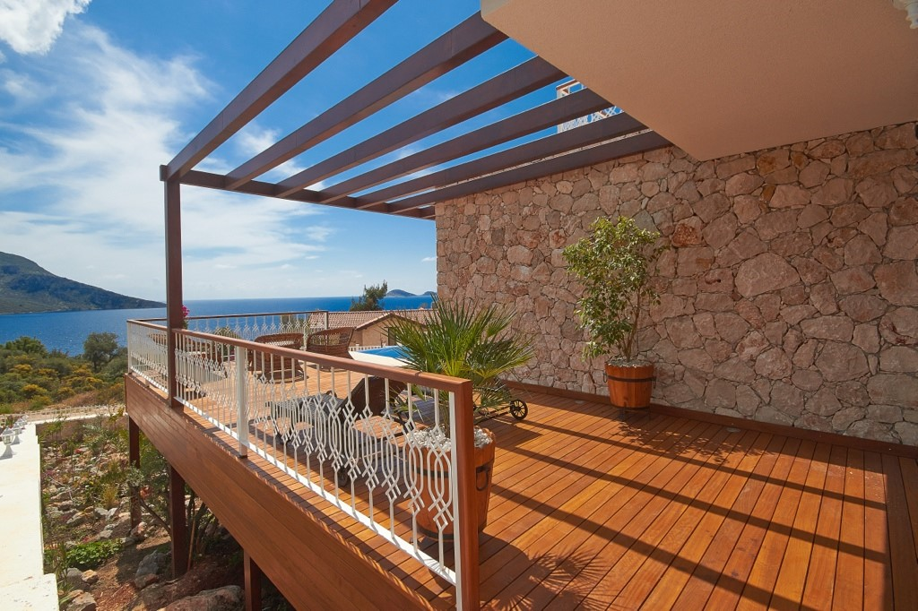 Spacious Terrace With Sea Views